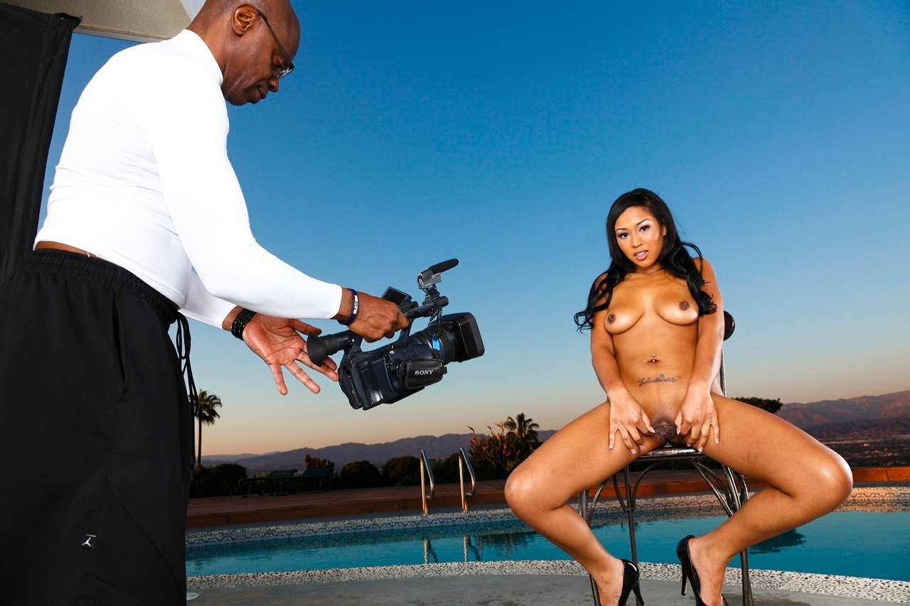 Screenshot 2 from the Sean Michaels's Black Diamonds